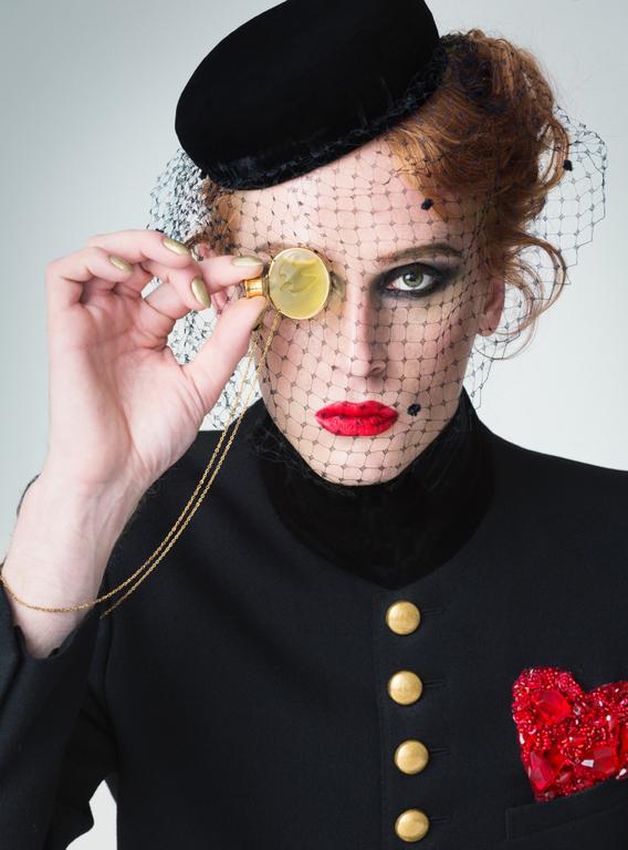Московский музей парфюмерии открывает новый сезон художественными образами Данилы Полякова  Moscow P